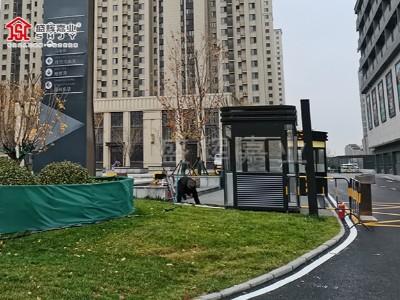 河北涿州宏坤广场钢结构保安岗亭投入使用-盛辉嘉业岗亭厂家提供